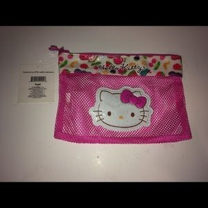 Hello Kitty Mesh Pouch: Fruity